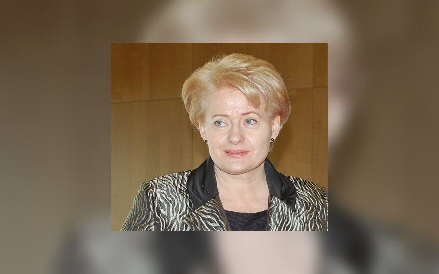 D.Grybauskaitės populiarumas krito beveik 8 proc., rodo tyrimas