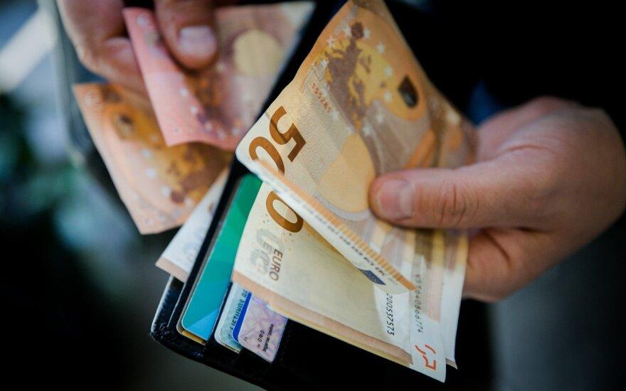 Mačiulis: vaiko pinigų didinimas paveiks ne tik šeimų pinigines