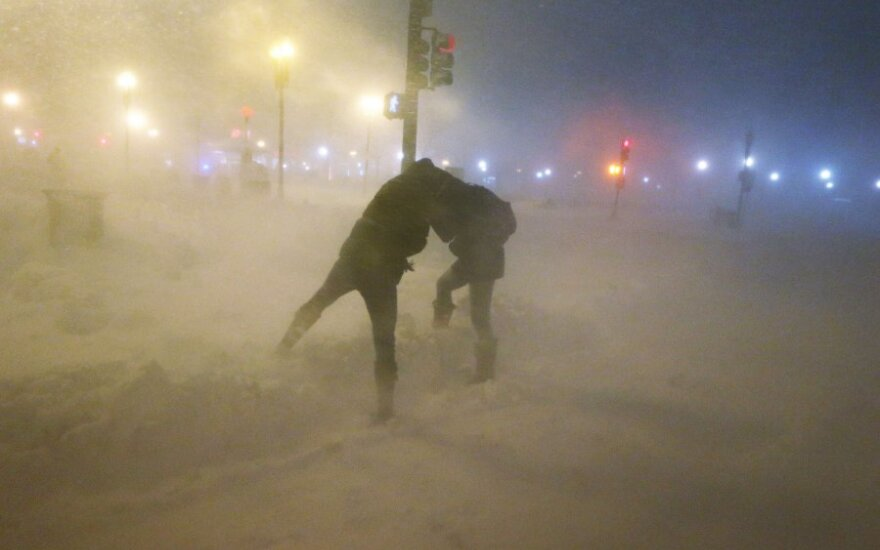 Istorinė pūga JAV: du žuvo, per pusę milijono be elektros