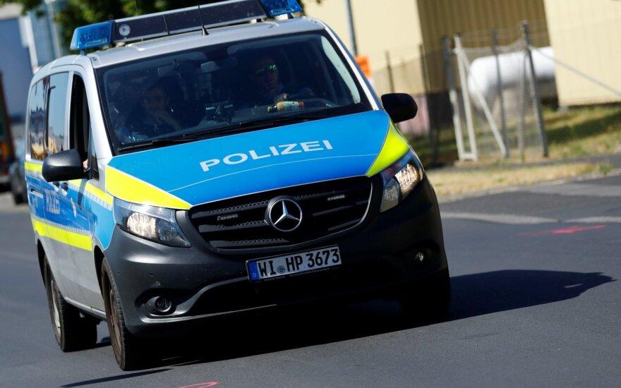 Vokietijoje dėl žydų kapų išniekinimo sulaikyti du asmenys