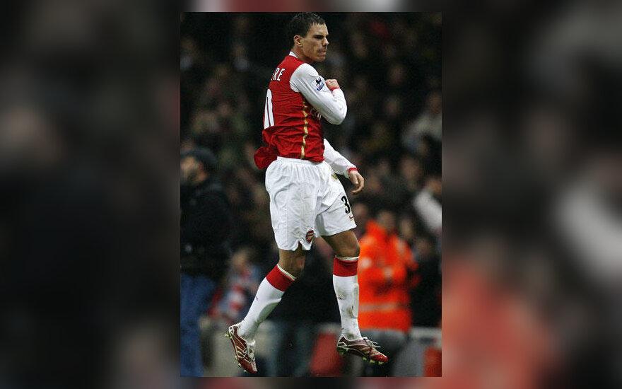 "Jeremie Aliadiere (""Arsenal"")"