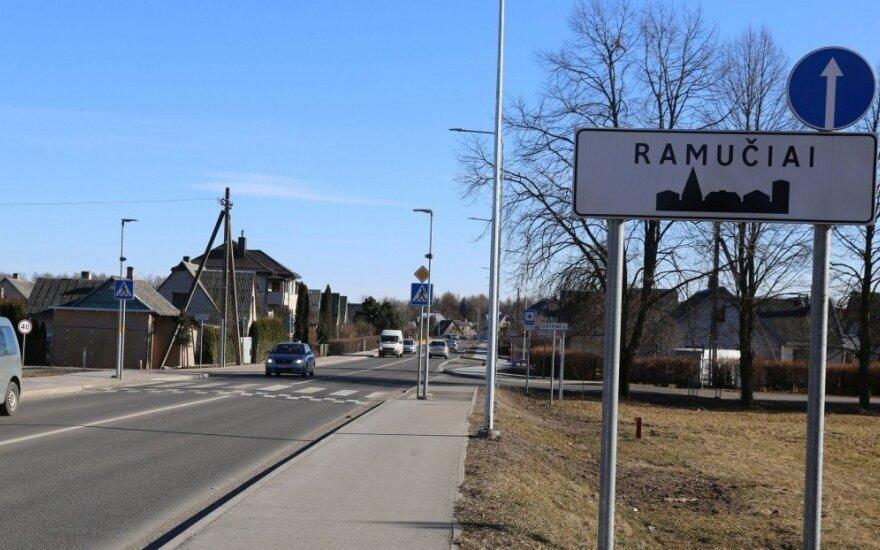 Kauno rajono gyventojai pyksta dėl smarvės iš biologinio atliekų apdorojimo įmonės
