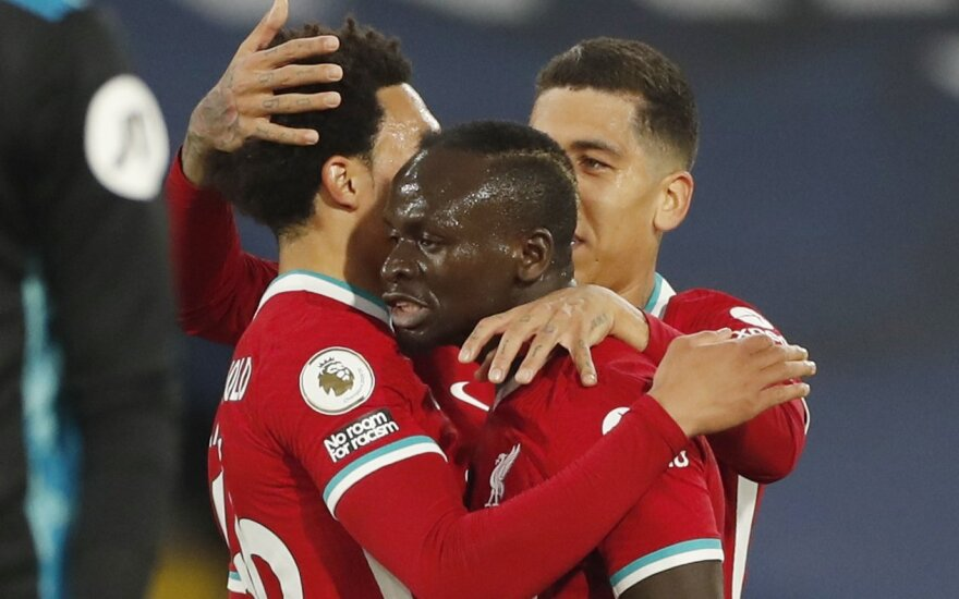 """Pergalę išleidęs """"Liverpool"""" nepakilo į didįjį """"Premier"""" lygos ketvertą"""