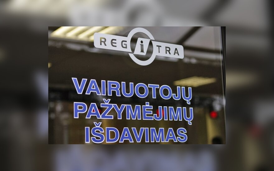 """Regitra"" vairuotojus ragina nedelsti"