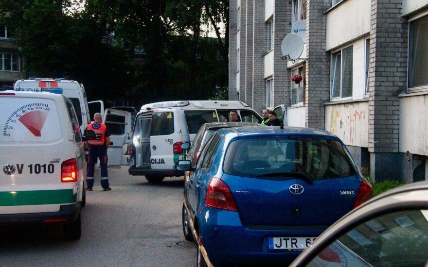 Liūdnai pagarsėjusiame Vilniaus bendrabutyje – dar viena mirtis: medikams vyro gyvybės išsaugoti nepavyko