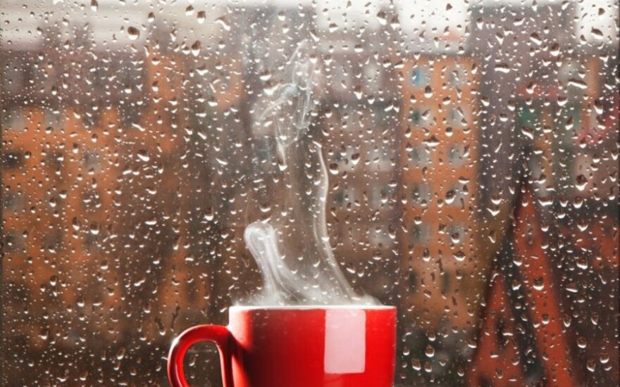 Mados klyksmas – kava su sviestu: dietologės komentaras