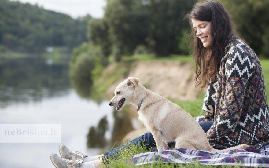 Smiltė – mūsų šuo: jos neįprastas vardas padeda susirasti draugų