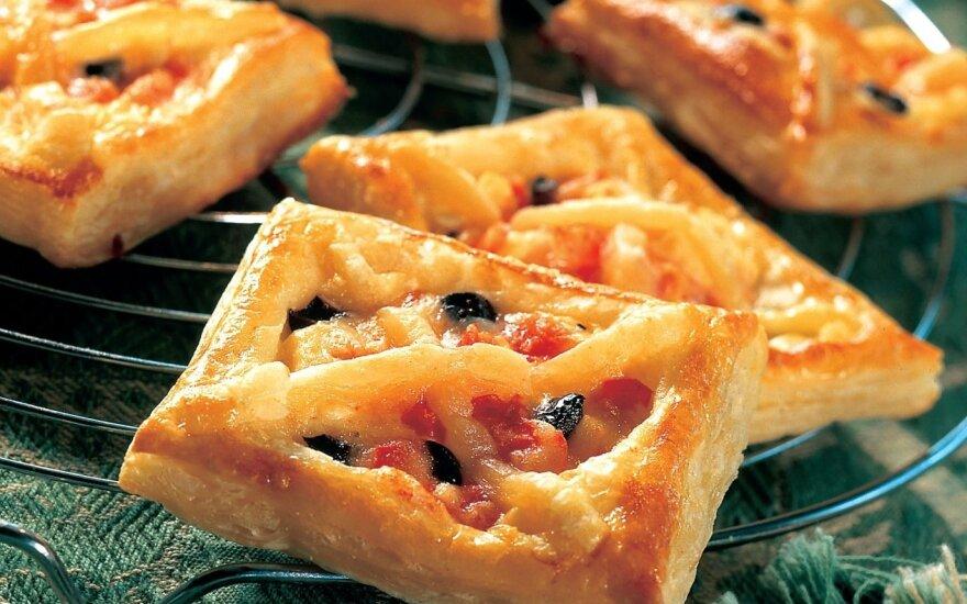 Fetos ir alyvuogių pyragėliai