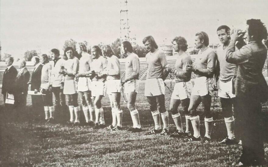 """""""Sūduva"""" prieš 1976-ųjų finalą (iliustracija iš Gedimino Kalinausko knygos """"Futbolas Sūduvos krašte 1921-2011"""")"""