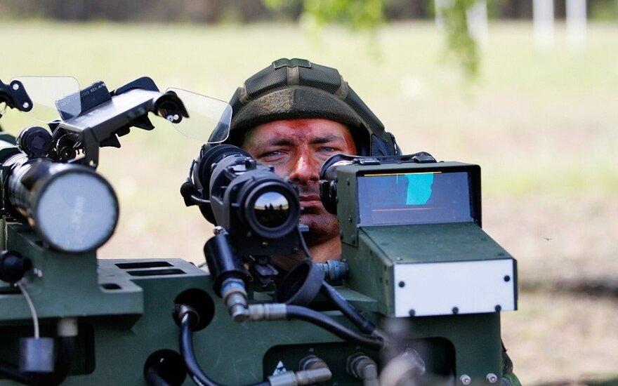 Kinija imsis sankcijų prieš JAV įmones, susijusias su ginklų pardavimu Taivanui