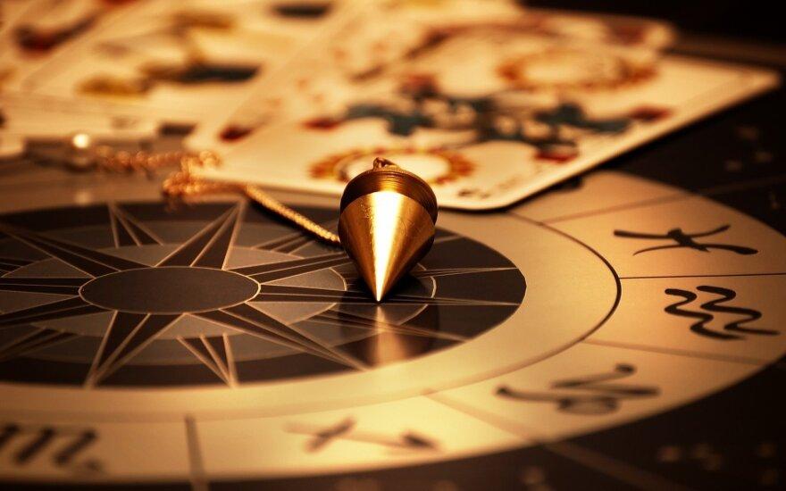 Astrologės Lolitos prognozė birželio 14 d.: romantiška diena