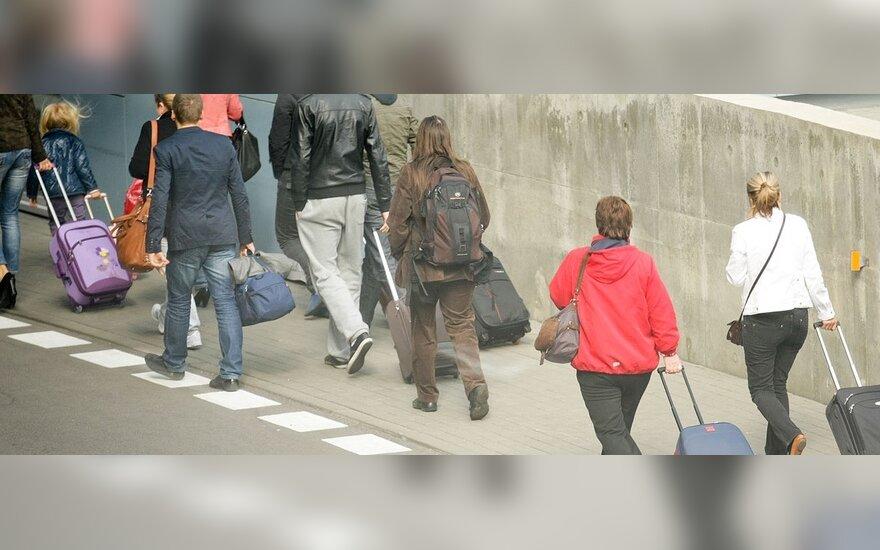 Verslo konsultantas: priešnuodis emigracijai – radikalus mokesčių mažinimas