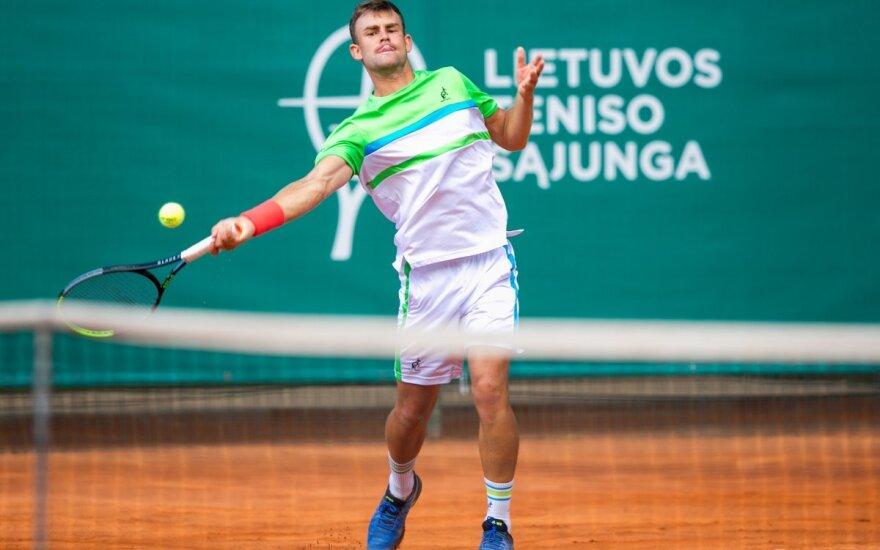 Pirmąją Lietuvos teniso čempionato dieną – favoritų pergalės