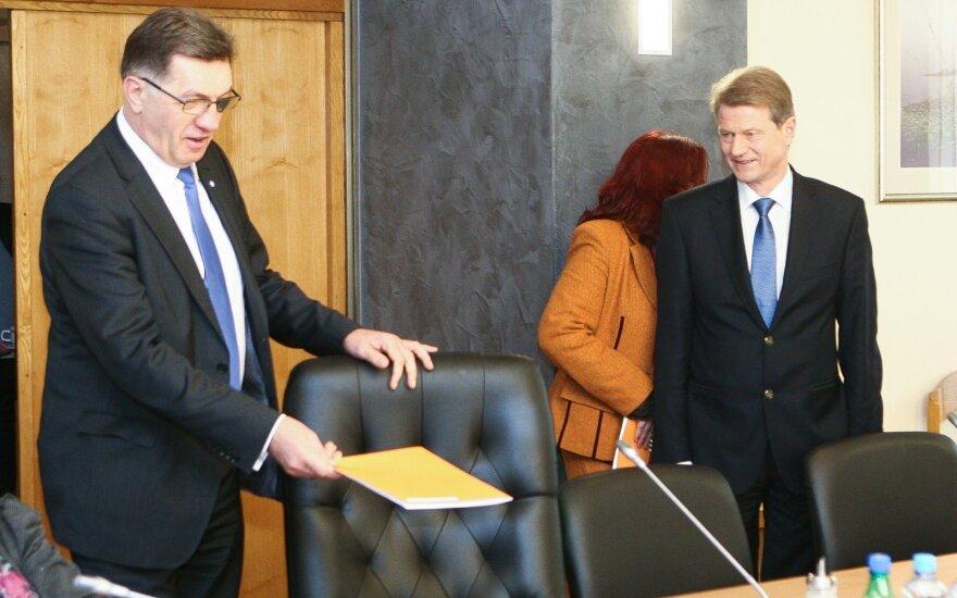 PM Algirdas Butkevičius and Rolandas Paksas