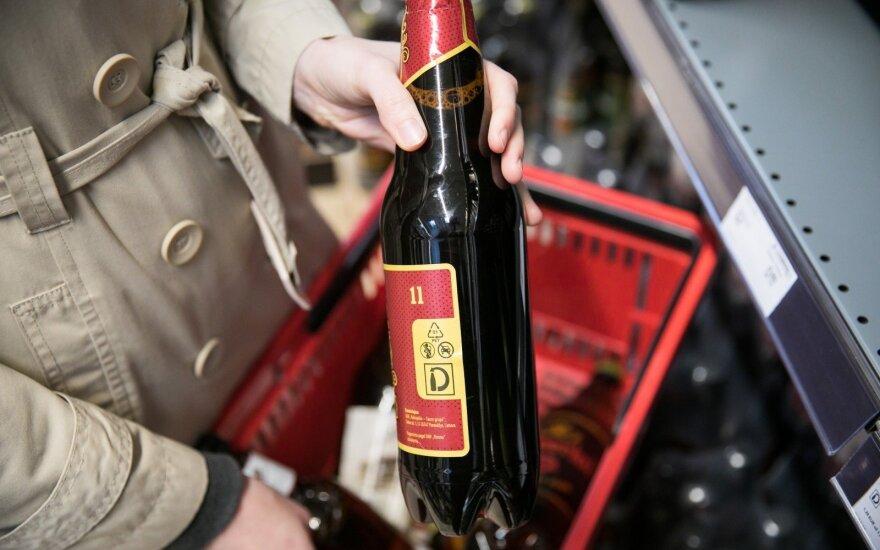 Alkoholio ribojimų naujienos: mažų buteliukų nebus, bet laukia dar didesnės alaus kainos