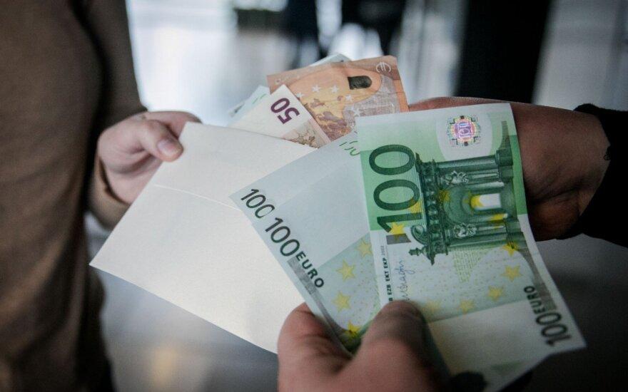 Įvertino, kaip Lietuvai sekasi kovoti su korupcija ir papirkinėjimu
