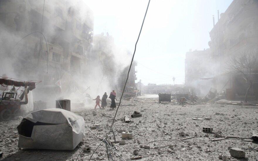 SOHR: karas Sirijoje jau nusinešė daugiau nei 360 tūkst. gyvybių