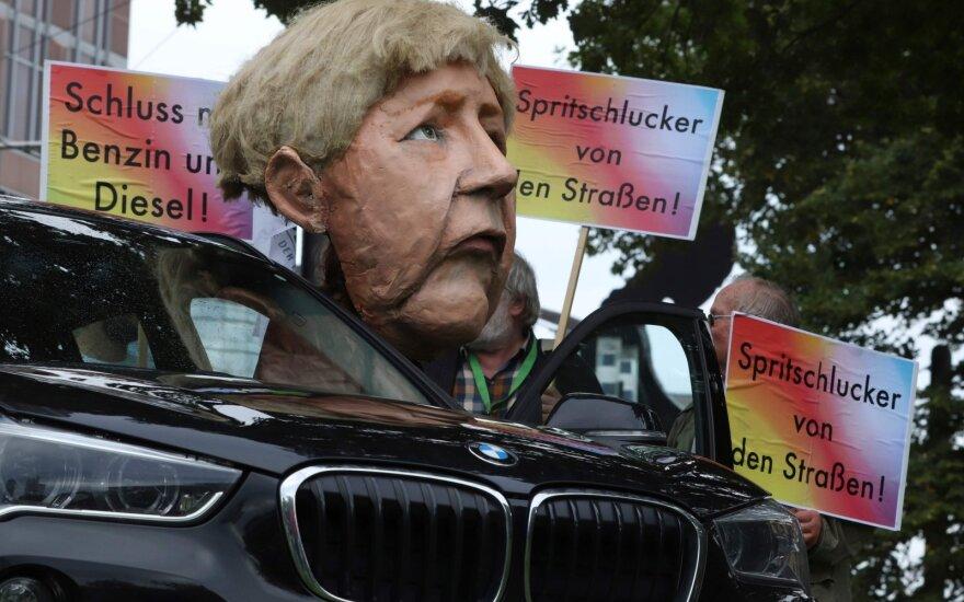 Pjauna šaką, ant kurios patys sėdi: gali būti sugriauti Vokietijos gerovės pamatai
