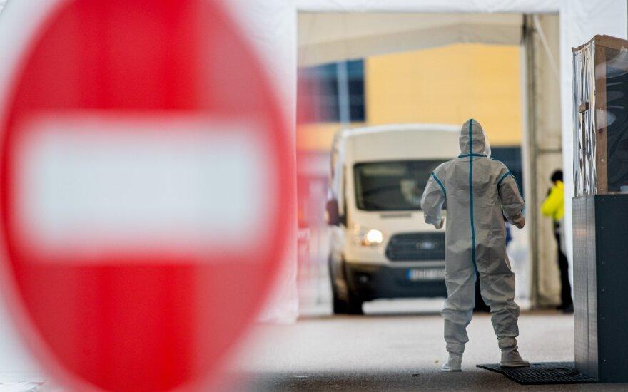 Per praėjusią parą nustatyti 3799 nauji koronaviruso atvejai, mirė 43 žmonės