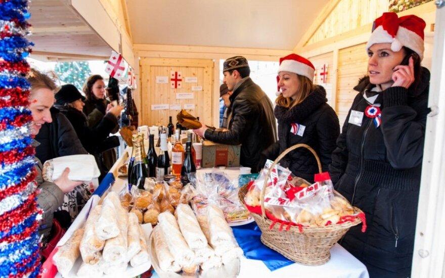 Ieškantiems išskirtinių dovanų - Kalėdinė mugė Vilniaus Rotušės aikštėje