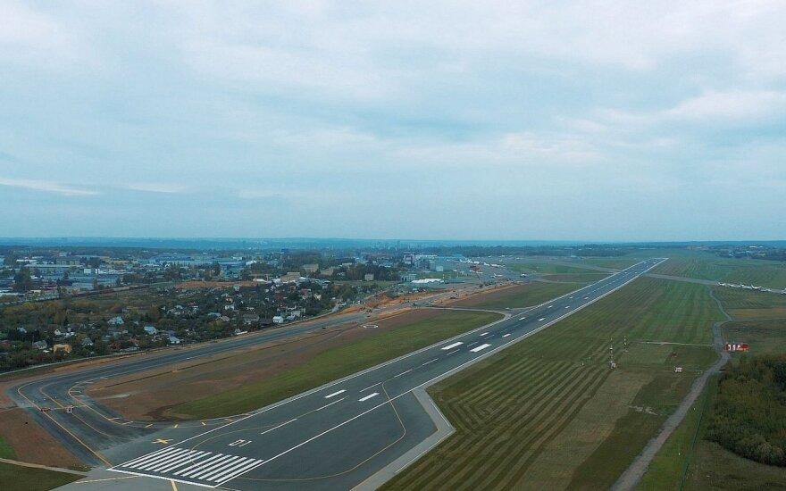 Vilniaus oro uoste atnaujinti riedėjimo takai