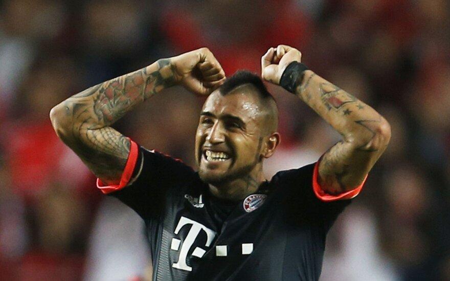 """Vidalis palieka """"Bayern"""" ir prisijungs prie """"Barcelonos"""" komandos"""