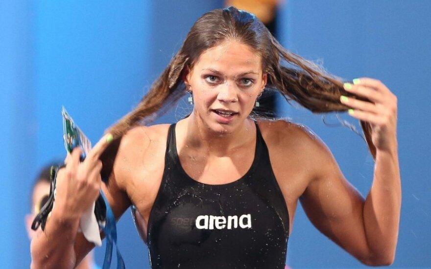 Rusijos plaukikė J. Jefimova įkliuvo dėl dopingo – jai gresia dvejų metų diskvalifikacija