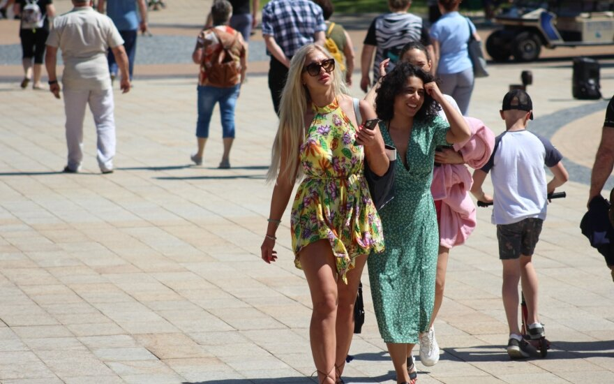 Forecast: 40 pct drop in foreign tourist numbers this year
