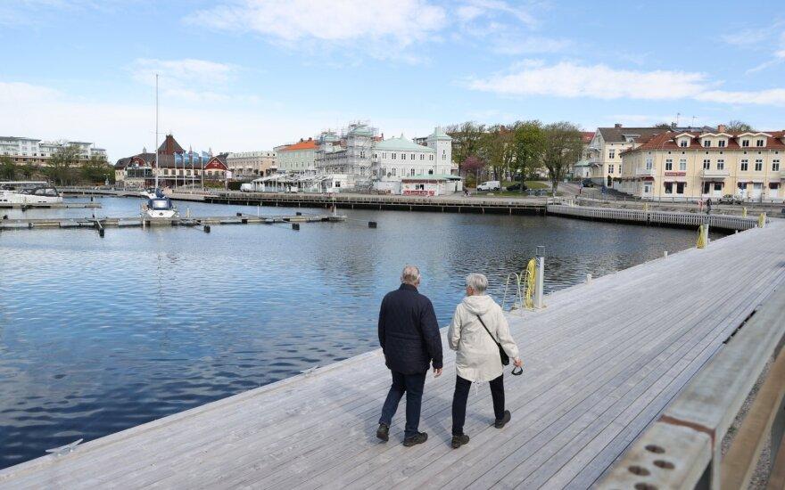 Karantino neskelbusi Švedija ekonomikos kritimo neišvengė