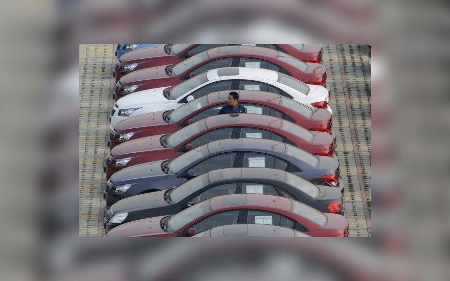 Automobilių pardavėjai kitąmet didelių nuolaidų nebežada