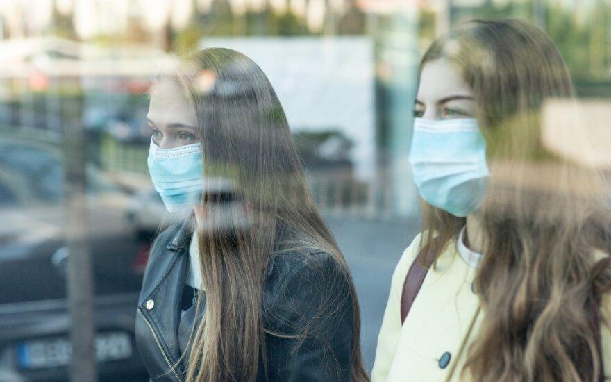Lithuania and Estonia exceed Latvia's coronavirus isolation threshold