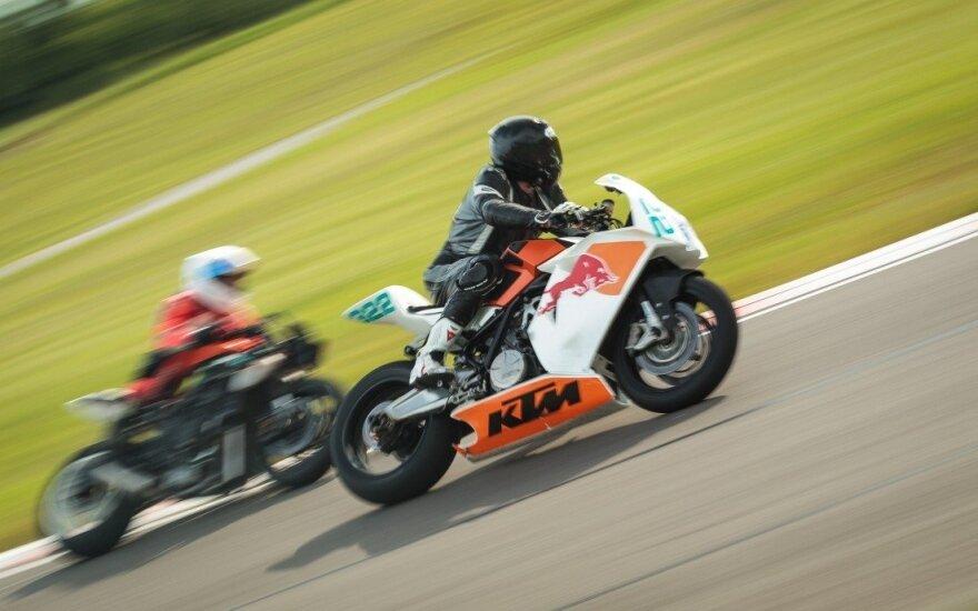 Motociklininkų varžybos kartodrome