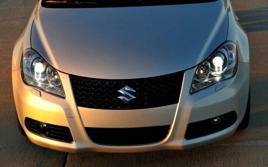 """""""Suzuki"""" traukiasi iš JAV rinkos"""