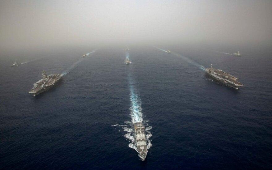 Ispanija atšaukė JAV lėktuvnešį į Vidurio Rytus lydėjusią fregatą