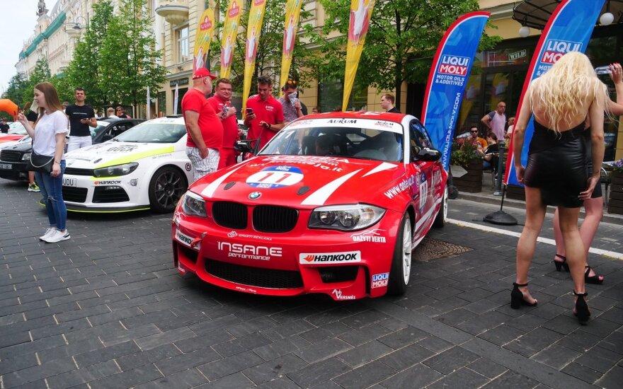 Nesėkmę pernai patyrusi 1006 km lenktynių komanda šiemet stengsis dėl pergalės