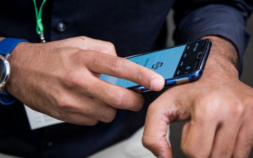 Lustą rankoje nešiojantis antrepreneris: ateityje niekam nebereiks raktų ar kortelių