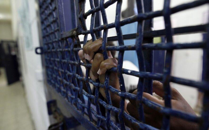 Precedento neturintys pažeidimai: žmonės suimami be jokios priežasties, kankinami, žudomi arba dingsta