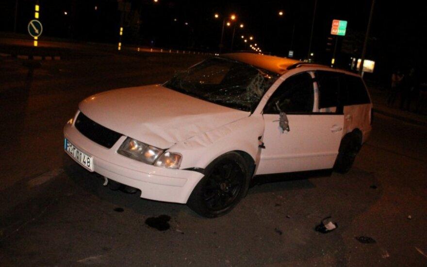 Po avarijos Panevėžyje abu vairuotojai teigė važiavę degant žaliai šviesai