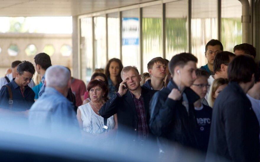 Trijų darbuotojų taisyklė stumia į neviltį norinčius gyventi Lietuvoje