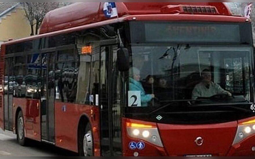 Viešasis transportas Telšiuose bus patogesnis: planuose – e. bilieto sistema, švieslentės stotelėse