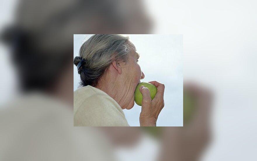 Močiutė, senatvė
