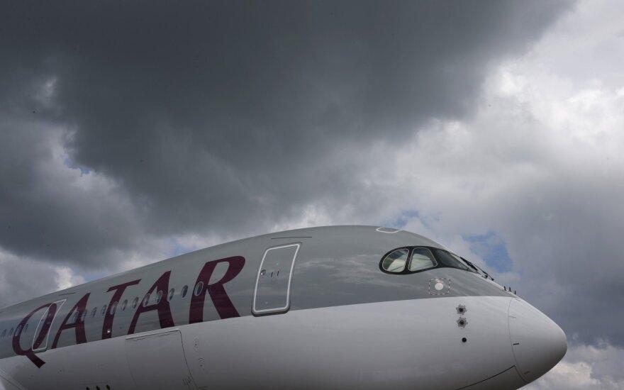 """Po skrydžio """"Qatar Airways"""" lėktuvu į Indiją mirė kūdikis"""