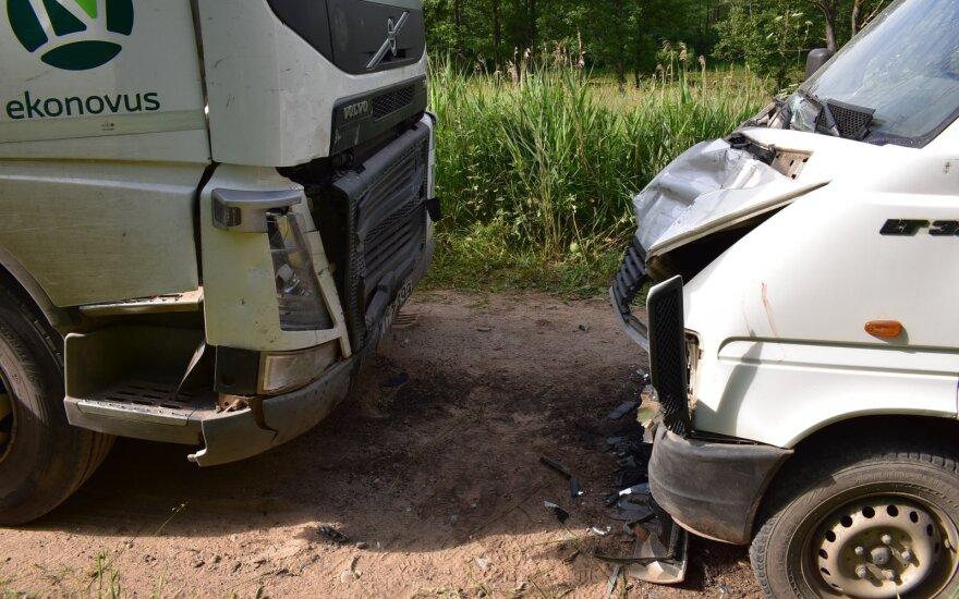 Policija ieško tragiškos avarijos liudininkų