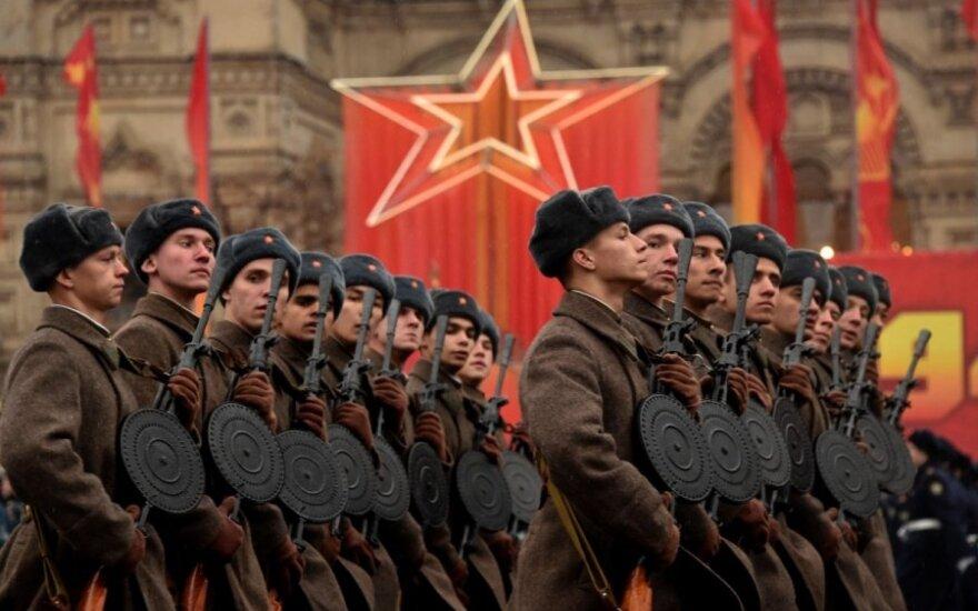Rusija NATO pavadino pagrindine grėsme: skelbia, kaip ginsis
