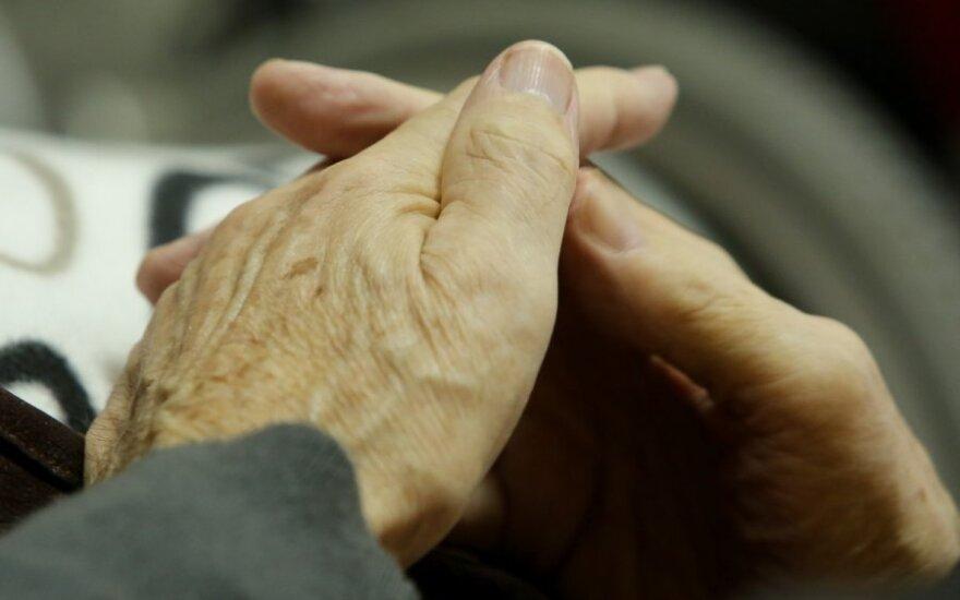 Premjeras: išmokos pensininkams - rudenį