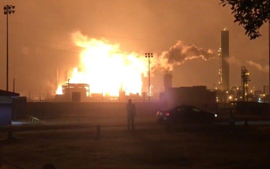 Per sprogimą Teksaso chemijos fabrike buvo sužeisti trys žmonės