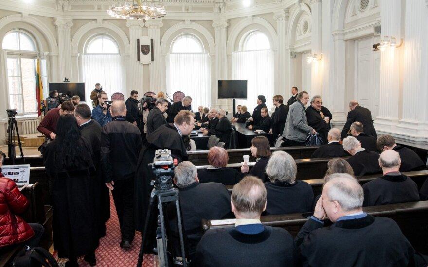 Skundžiasi dėl nukentėjusiųjų neinformavimo apie Sausio 13-osios bylą