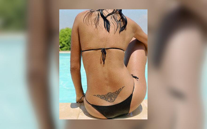 maudymosi kostiumėlis, įdegis, degintis saulėje, paplūdimys