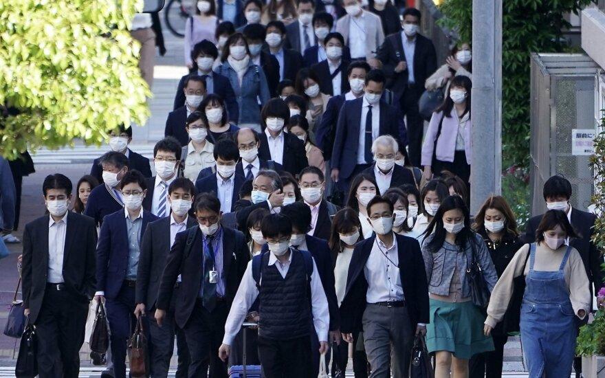 Japonijoje planuojamas plataus masto gyventojų imuniteto COVID-19 tikrinimas