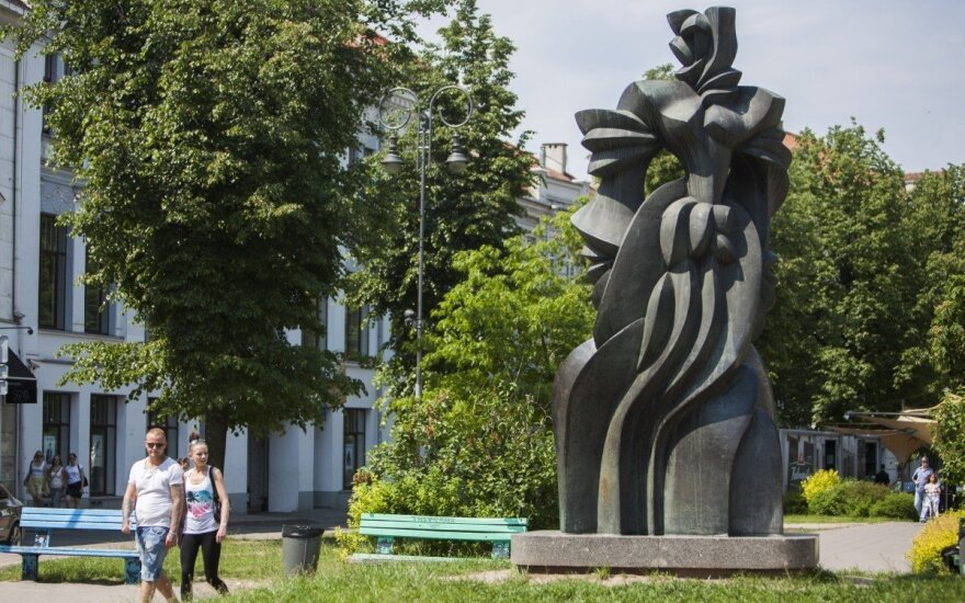 "Sculptures in Vilnius will ""talk"""